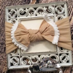 Other - Baby Girls Beige Knot Bow Headband